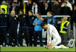 cristiano-ronaldo-491-crying-after-having-missed-his-penalty-in-real-madrid-vs-bayern-munich-in-uefa-champions-league-semi-finals-2012